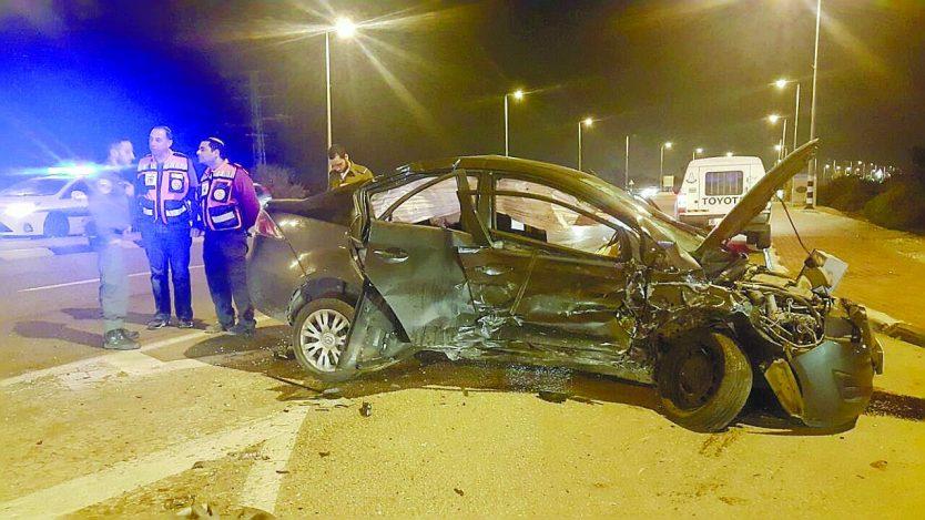 זירת תאונה מור גבאי. צילום דובר המשטרה