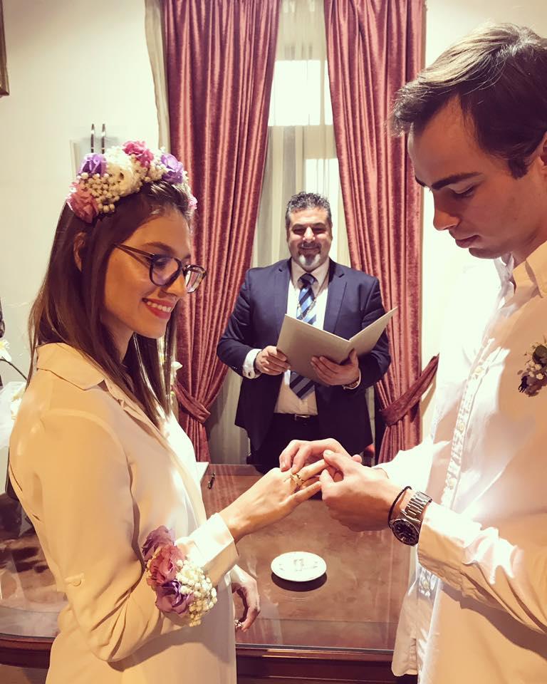 יעקוב תומרקין ומור סנדהאוס חושפים בטן הריונית ביום החתונה