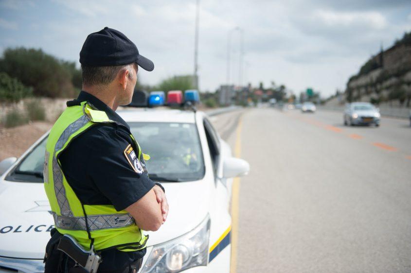 אילוסטרציה: שוטרי התנועה בפעילות אכיפה
