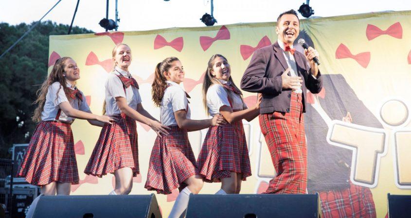 הדוד חיים בהופעה לילדים באשקלון. צילום: סיוון מטודי
