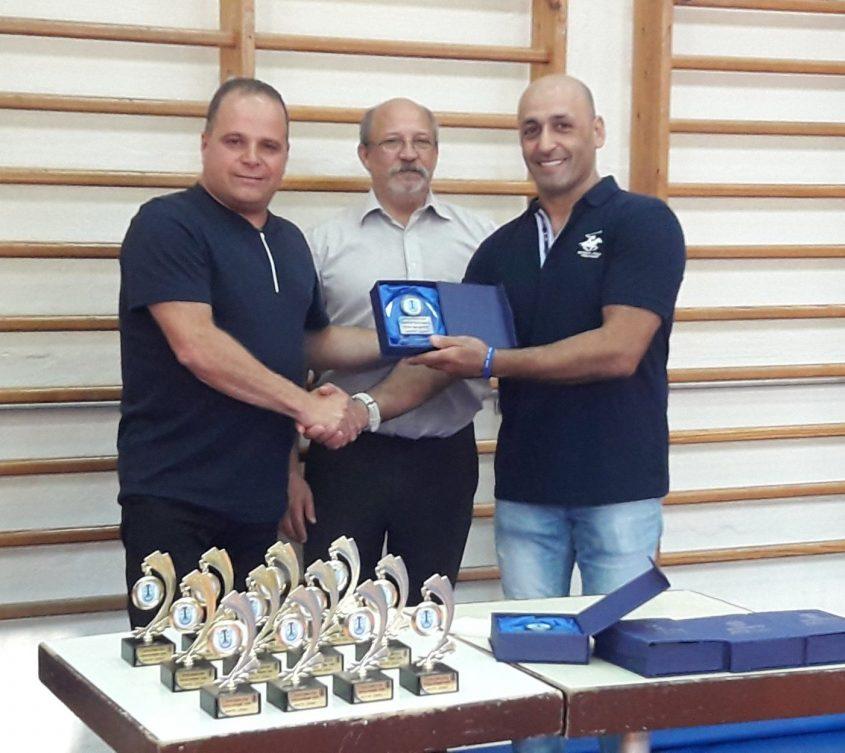 המאמן מיקאילוב, בודרמן וגלאם. צילום: אלכס פרסקובסקי