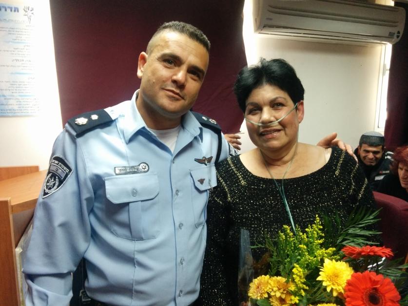 יפה נחום ושמעון פורטל. צילום: דוברות משטרת ישראל