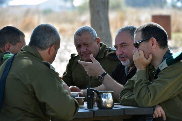 ביקור ליברמן ברצועת עזה. צילום: אריאל חרמוני/משרד הביטחון