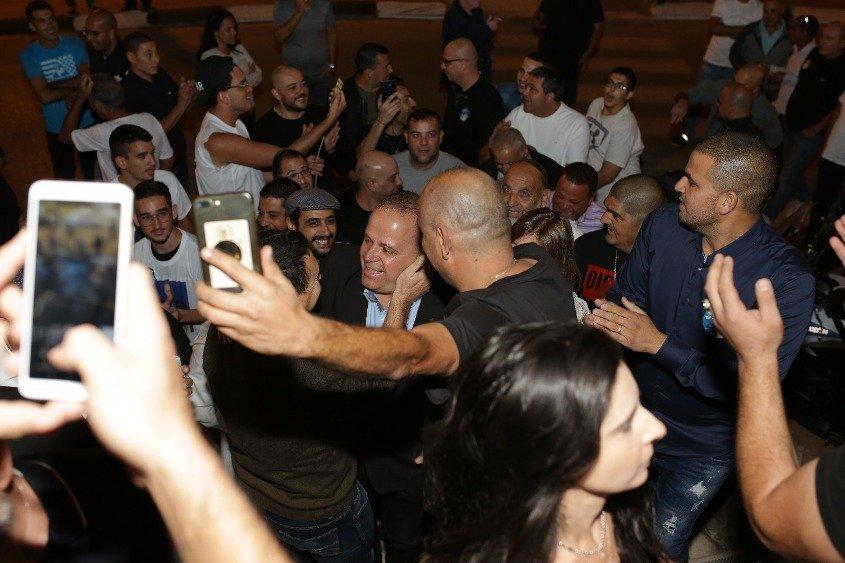 הקהל מחבק. צילום: אלדד עובדיה