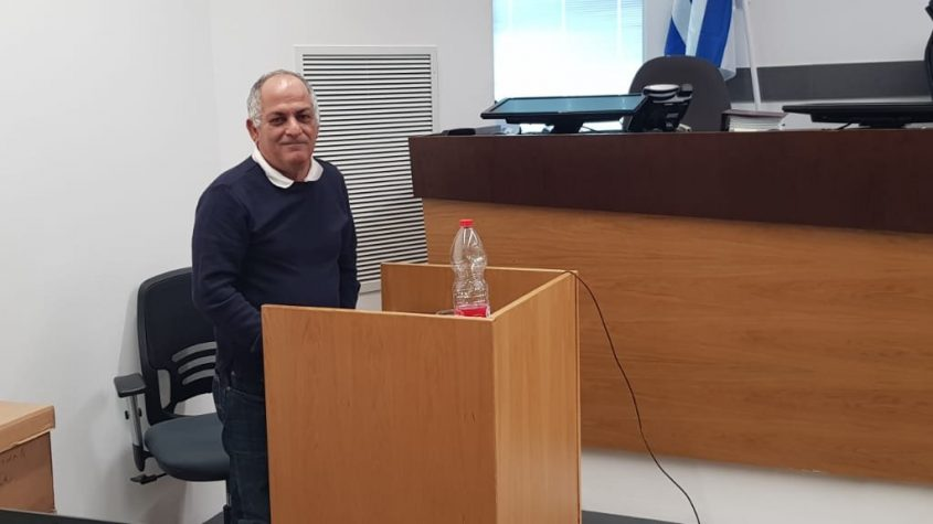 דוד ירון בבית המשפט.