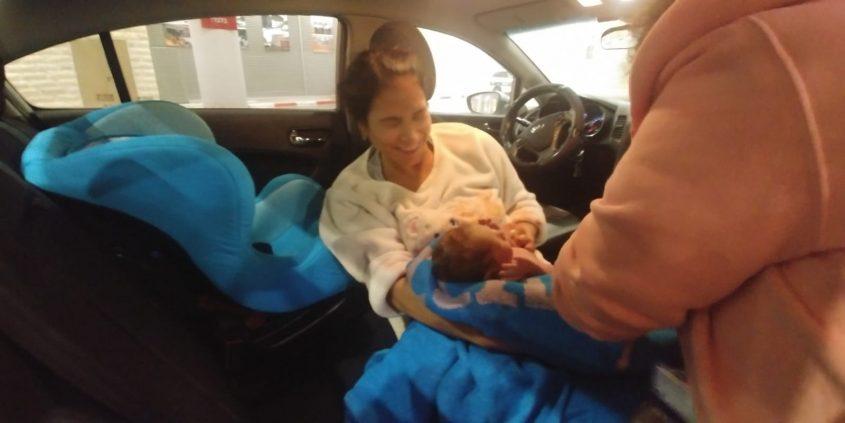עדי יאנה אחרי שילדה ברכב