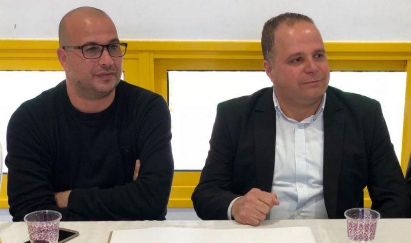 ראש העירייה, תומר גלאם והמנהל הטכני של הקבוצה, צ'יקו מגיה