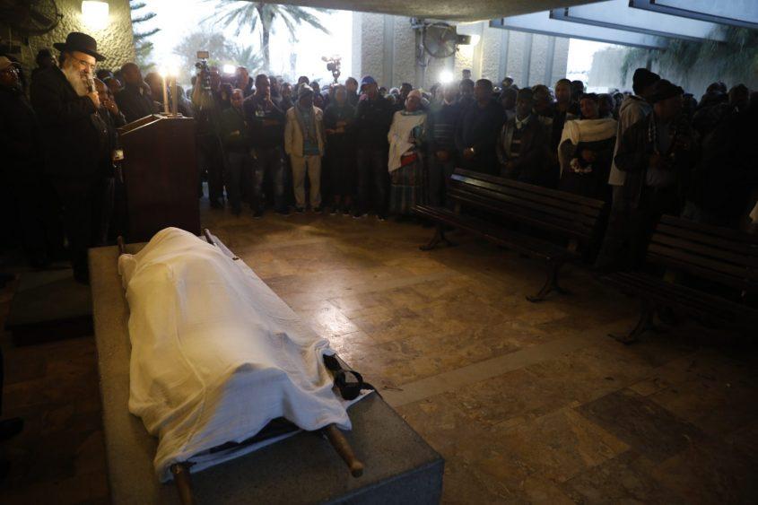 """הלוויתו של יהודה ביאדגה ז""""ל. צילום: מוטי מילרוד"""