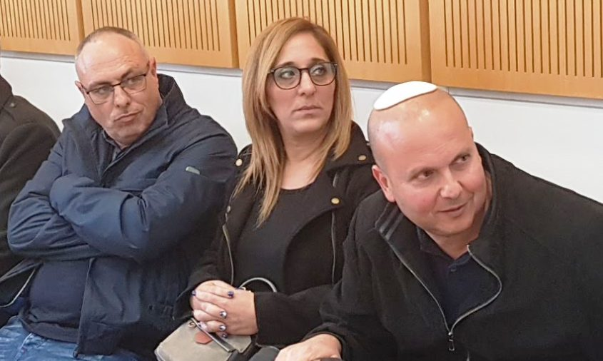 איתמר שמעוני, אביבית סימני ואמנון גלולה, בדיון בבית המשפט