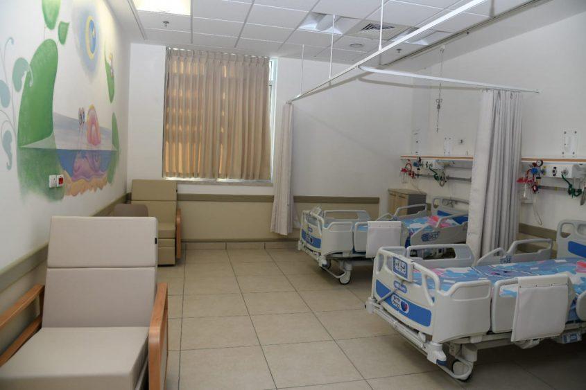 חדר אשפוז מרווח. מחלקת הילדים החדשה בברזילי. צילום: מורן ניסים, צילום רפואי ברזילי