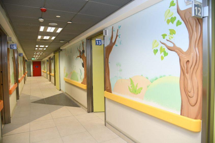 המסדרון מחלקת הילדים החדשה בברזילי. צילום: מורן ניסים, צילום רפואי ברזילי