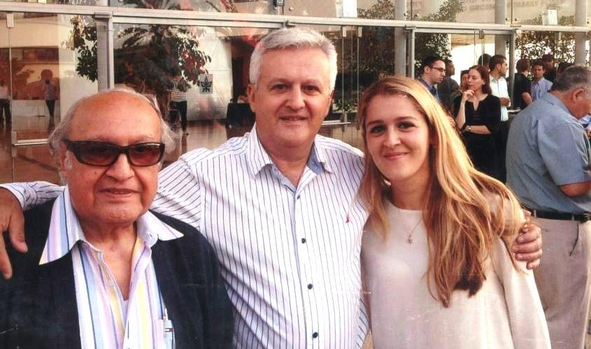 שלושה דורות של רופאי שיניים: דיוה, חיים ושמעון לוגסי. צילום: אלבום פרטי