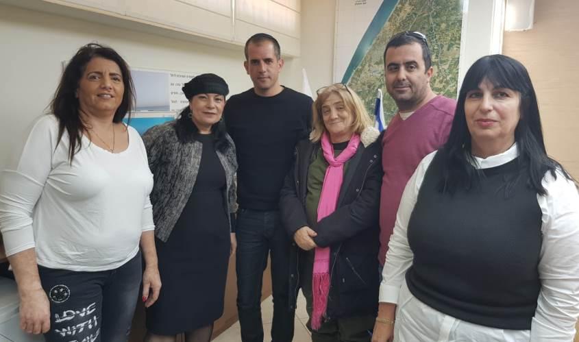 ראש המועצה, איתמר רביבו, עם חברי הוועד החדשים