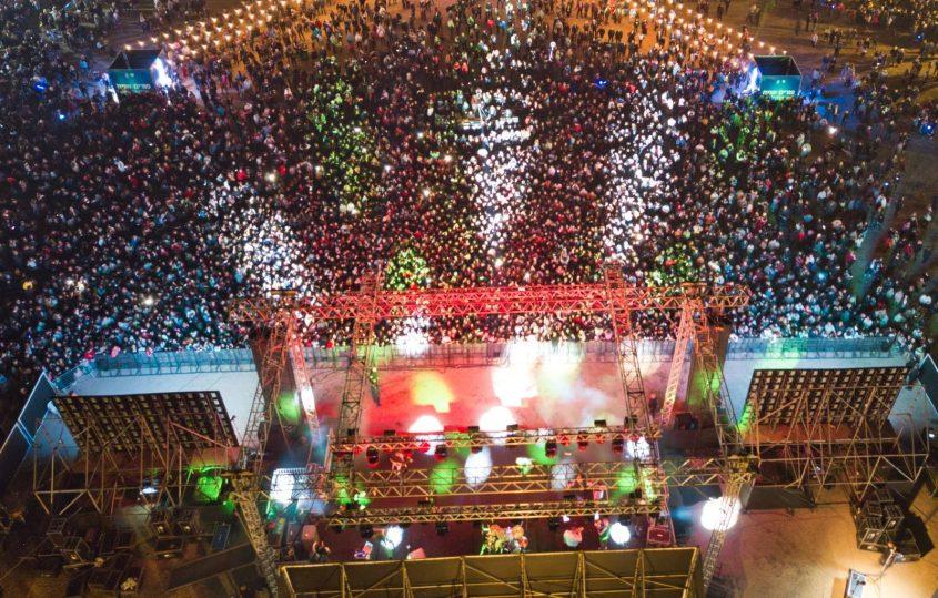 עשרות אלפי משתתפי באירועי פורים שבאשקלון. צילום: דוברות העירייה