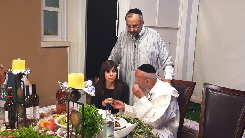 הרב יעקב אביטן ורעייתו מתברכים