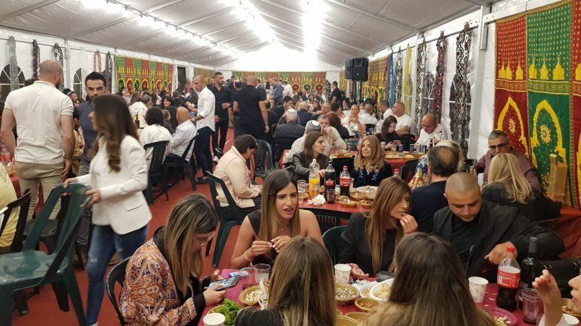 אלפי אורחים בהפקה הגדולה והקבועה בבית משפחת סבח