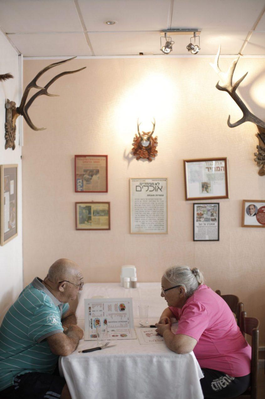 מסעדת הניצחון מבפנים. צילום: דניאל צ'צ'יק
