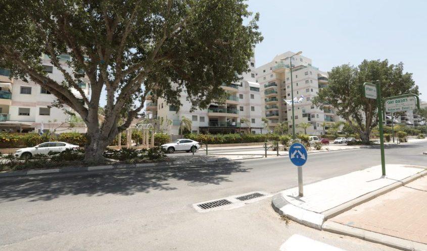 צומת הרחובות שדרות ירושלים ורחבעם זאבי