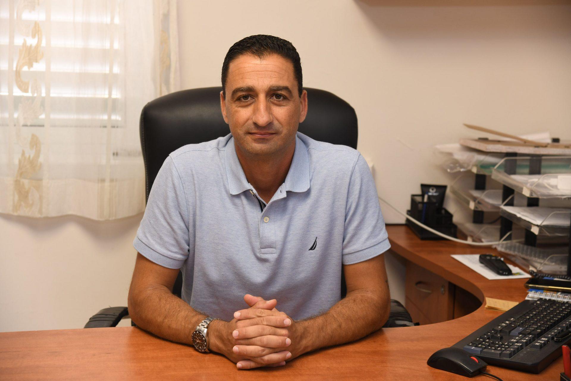 נימי מימון, מנהל מחלקת המשק. צילום: המרכז הרפואי ברזילי