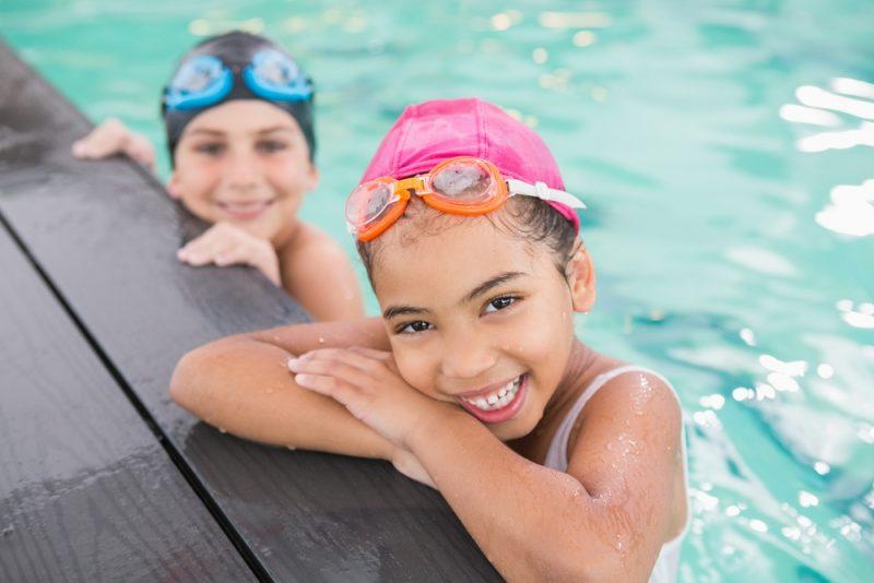 אפשר להתחיל ללמוד שחייה כבר מגיל 4 (אילוסטרציה ממאגר shutterstock, צילום: wavebreakmedia)