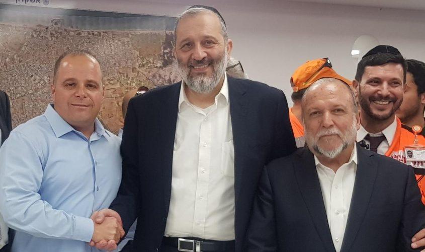 יצחק כהן, אריה דרעי ותומר גלאם באשקלון