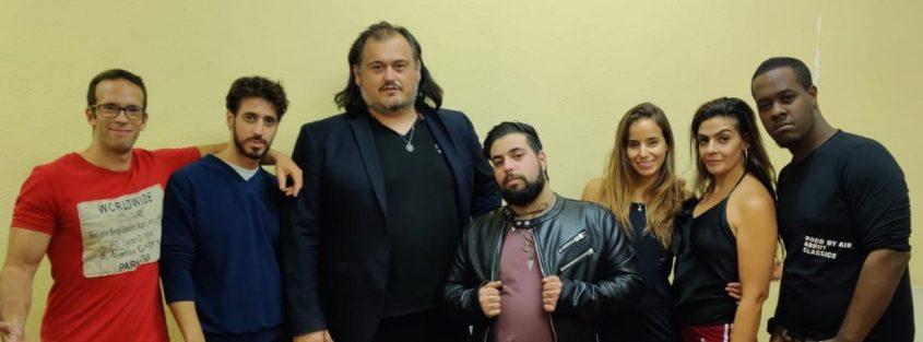 בן טטרו וצוות השחקנים
