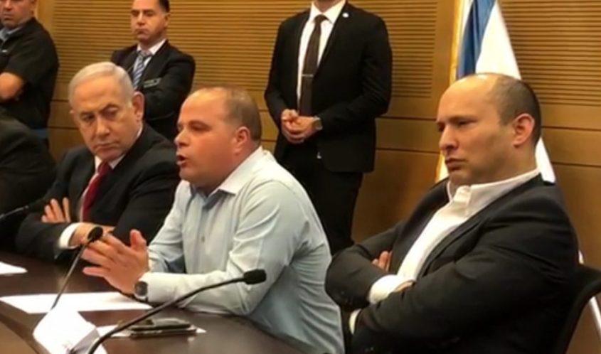 גלאם לצד ראש הממשלה ושר הביטחון