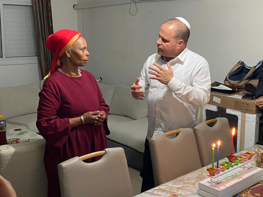 אגרנש מנגיסטו ותומר גלאם. צילום: פוטו יוסי את עוזי