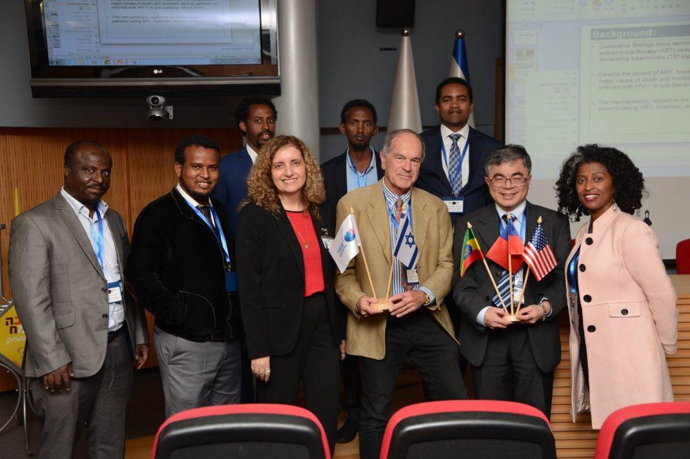 חברי הכנס הבינלאומי 'שלוש המדינות' (Tristate Conference) שהתקיים בבי״ח ברזילי