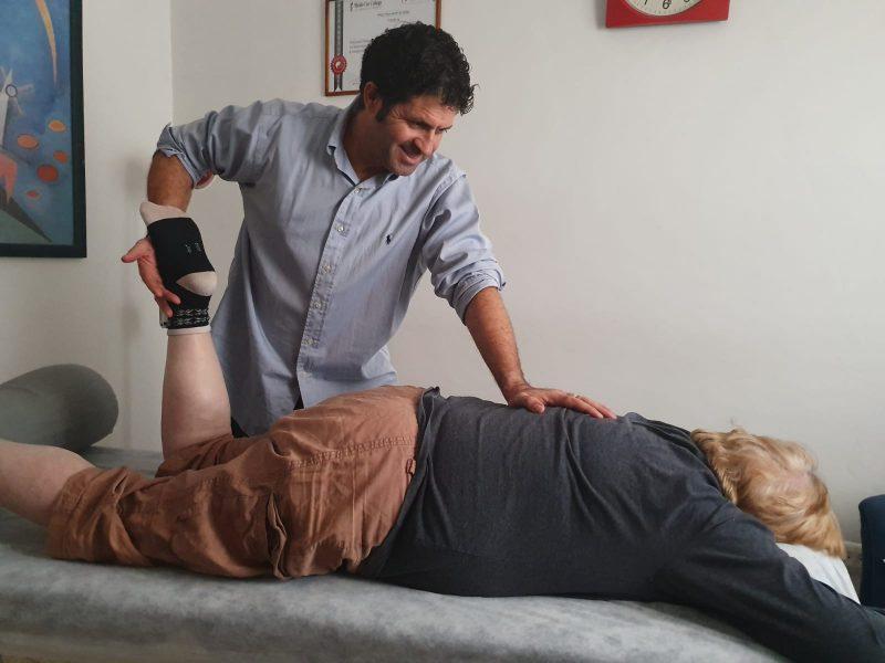 טיפול לגוף ולנפש אצל אלי אלפי. צילום עצמי