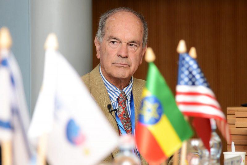 פרופ' שלמה מעין מנהל היחידה למחלות זיהומיות (צילום: יח״צ בי״ח ברזילי)