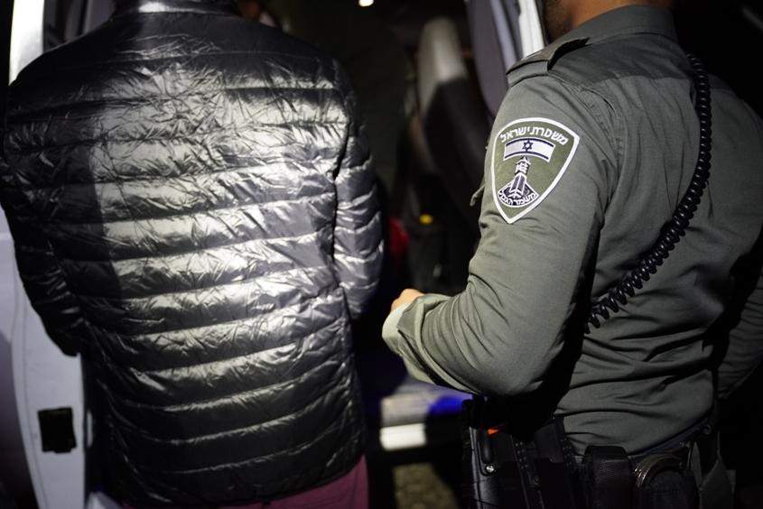מעצר. צילום דוברות המשטרה