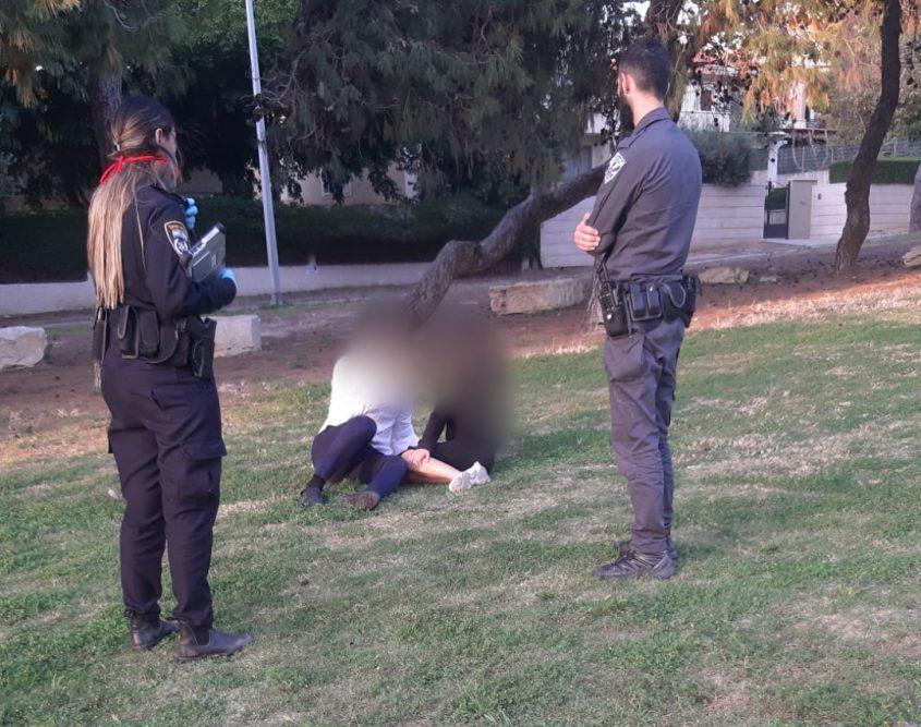 אכיפה נגד מפירי ההנחיות. צילום: משטרת אשקלון/שיטור עירוני אשקלון
