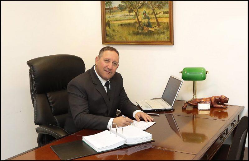 עורך דין פלילי באשקלון: הכירו את רובי גלבוע. צילום: גדי קבלו