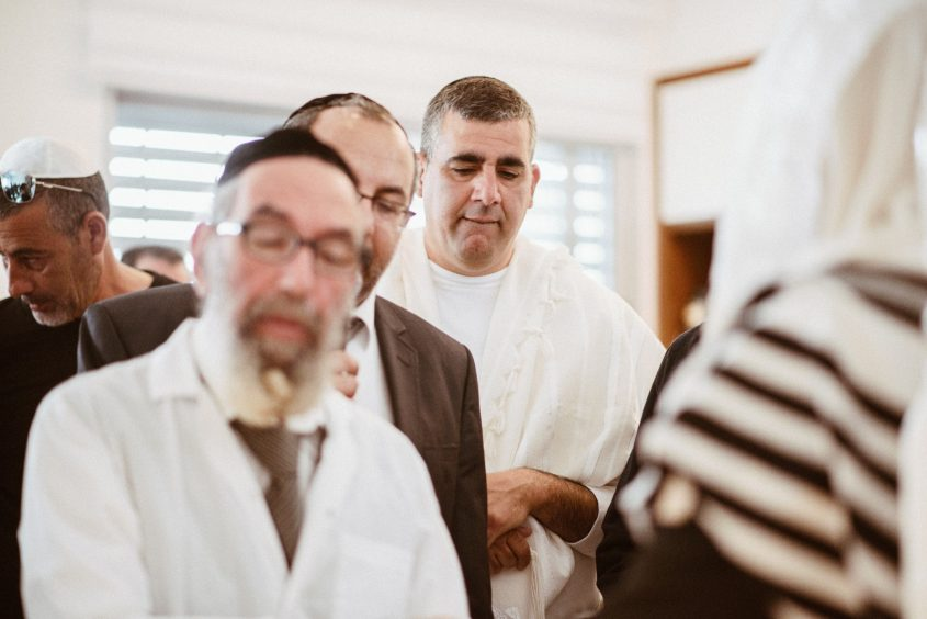 משה אטיאס, הרב יעקב אביטן והרב אליהו לוי. צילום: מתן נעים