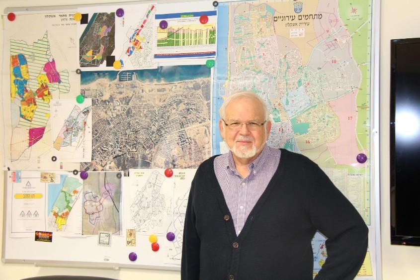 """ד""""ר אלן מרכוס. צילום: דוברות עיריית אשקלון"""