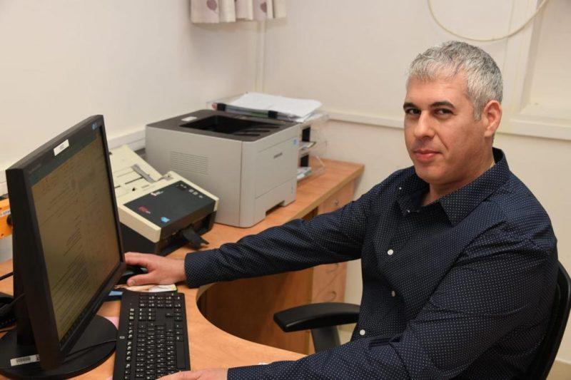 """ד""""ר ערן שביט מנהל מרפאת עור ומין בברזילי – על בשורת השירות החדש. צילום רפואי ברזילי"""