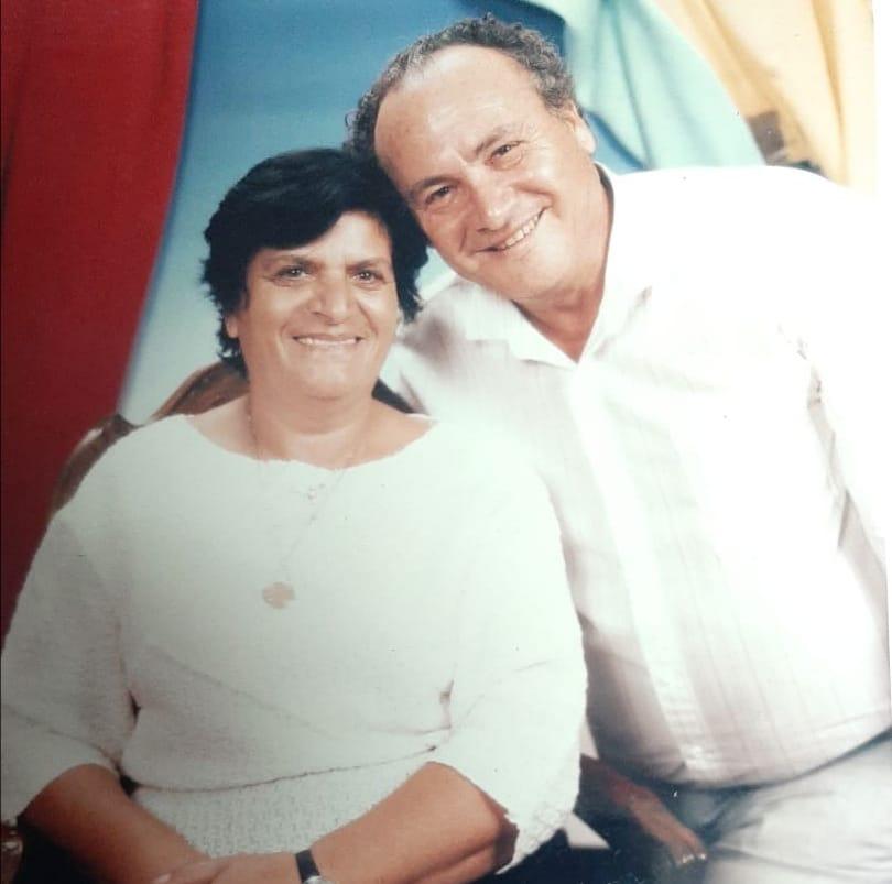 """גד פרטוק עם מונה ז""""ל. תמונה מהאלבום המשפחתי"""