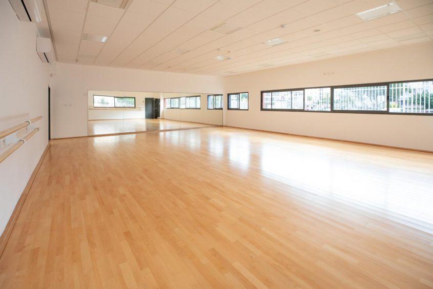 חדר ההתעמלות הצמוד לאולם הספורט במצפה ימים. צילום: סיוון מטודי