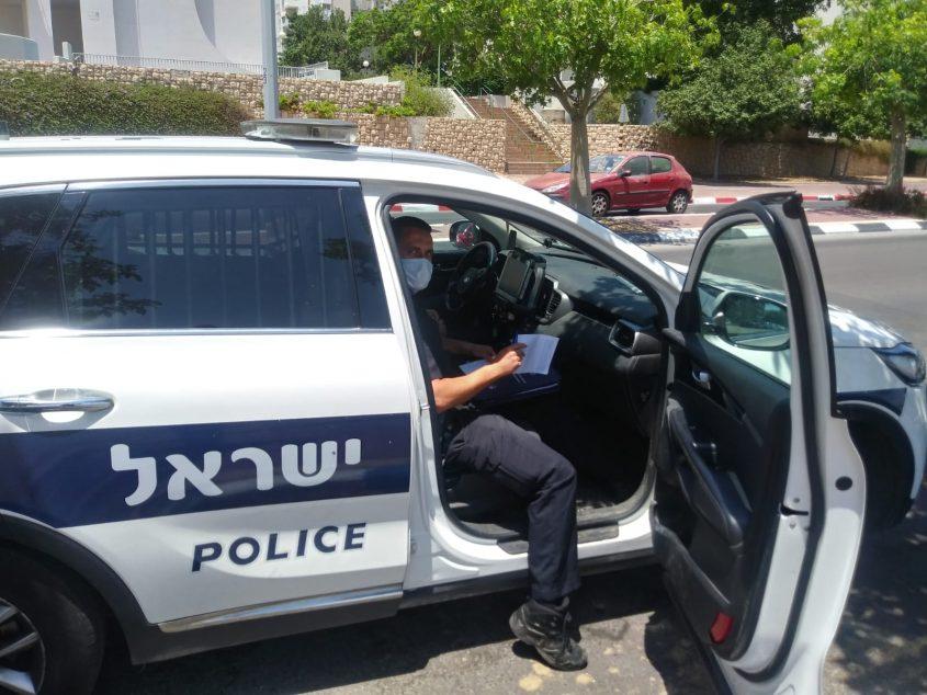 ניידת מבצע התנועה של משטרת אשקלון. צילום: דוברות המשטרה