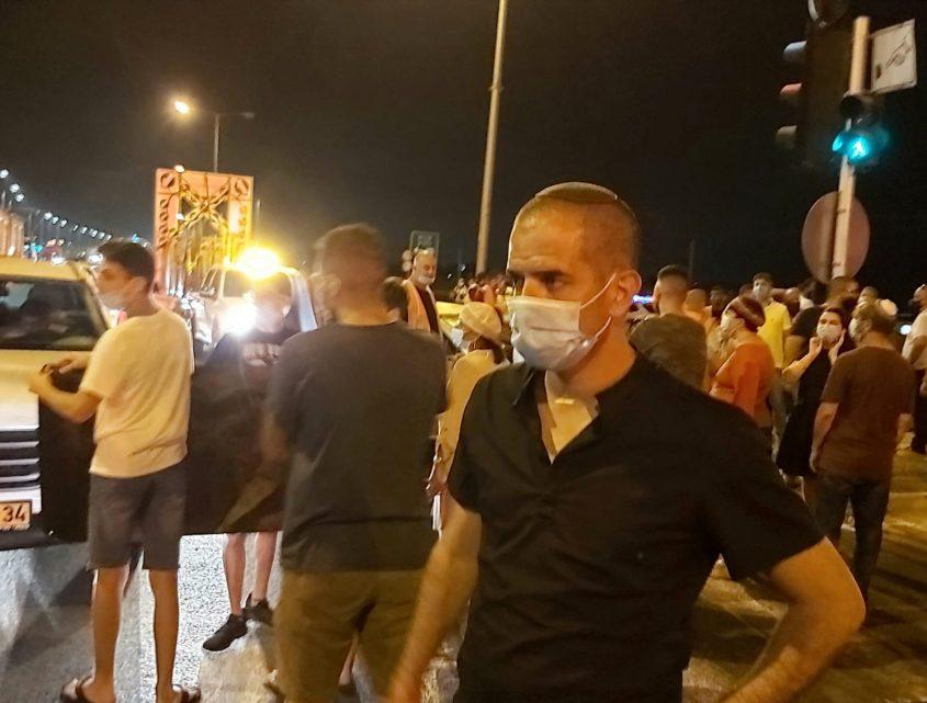 ראש המועצה איתמר רביבו בהפגנה. צילום: דוברות המועצה האזורית חוף אשקלון