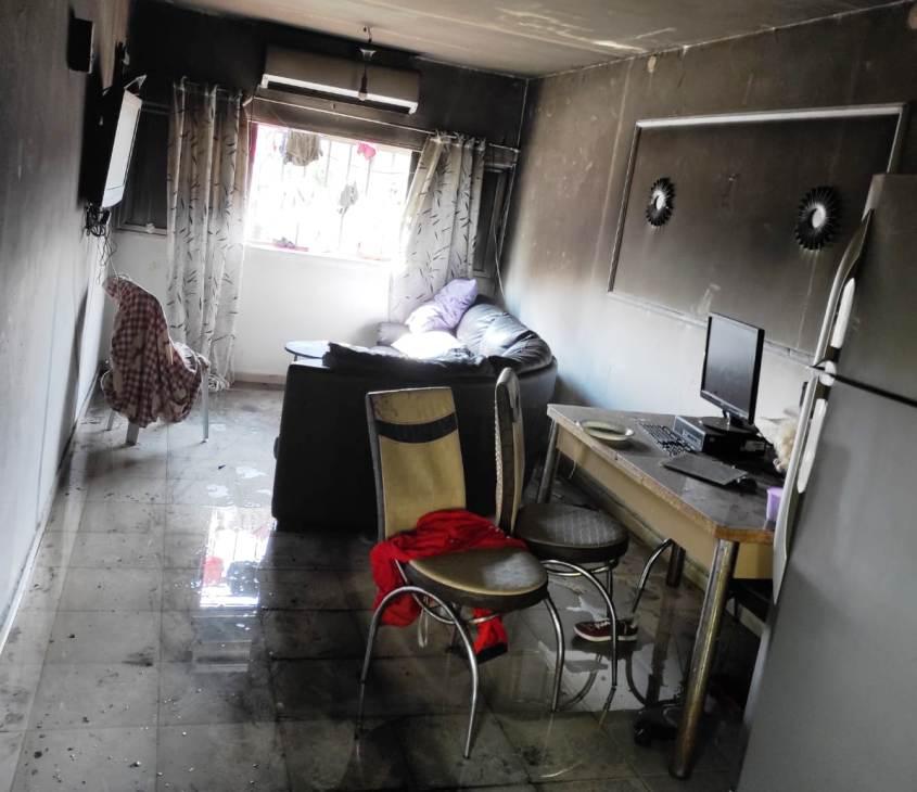 נזקי השריפה בדירה. צילום: כבאות והצלה
