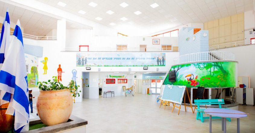 """שיפוץ בבית הספר חמ""""ד ברנע. צילום: סיוון מטודי"""