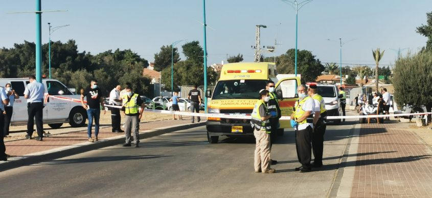 """מתנדבי מד""""א שהוזעקו למקום בזירת התאונה לפני זמן קצר"""