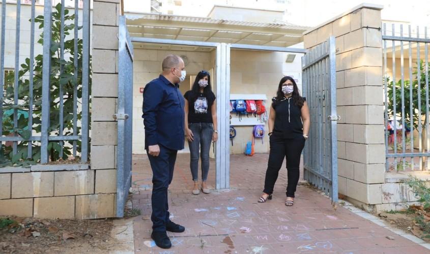 ראש העירייה בפתיחת גנים הבוקר. צילום: אלדד עובדיה