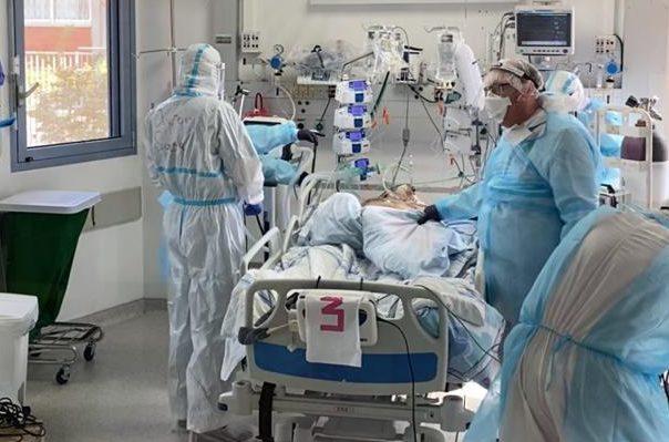 עובדי מחלקת הקורונה במרכז הרפואי ברזילי. צילום: דוברות ברזילי