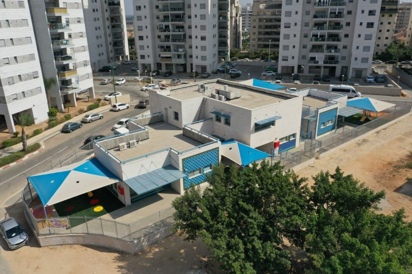 מעונות היום החדשים ברחוב עמק האלה בשכונת אגמים. צילום רחפן: אדי ישראל