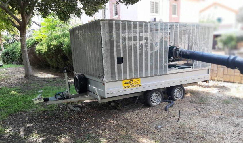 הצבת משאבות. צילום: דוברות עיריית אשקלון