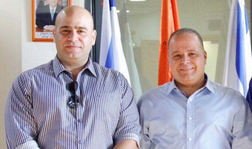 תומר גלאם ואיתי סהר. צילום: דוברות עיריית אשקלון