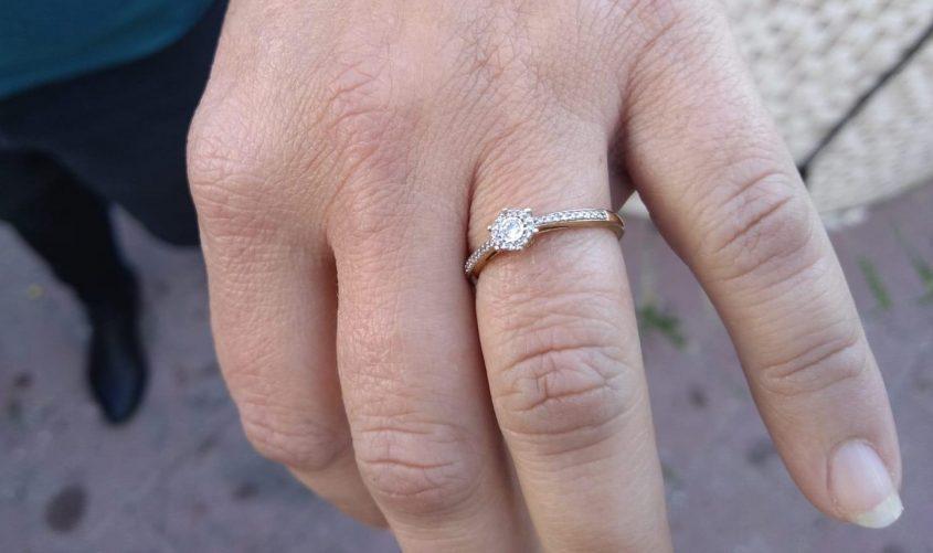 הטבעת חזרה לבעליה. צילום: עיריית אשקלון